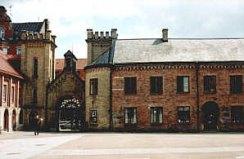 Karl XII-huset, målet för fackeltåget
