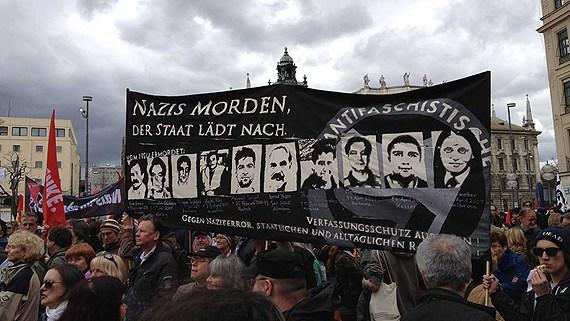 Nynazister omhandertagna efter brak