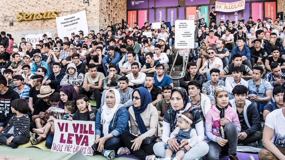 Bonder i smaland i fackeltagsprotest