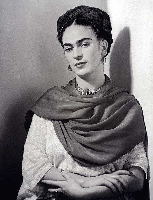 art-beautiful-black-and-white-frida-kahlo-Favim.com-536241