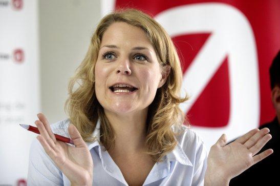 Enhedslisten holder pressemøde på Christiansborg torsdag den 26. august i forbindelse med deres sommergruppemøde. her er det Johanne Schmidt-Nielsen.