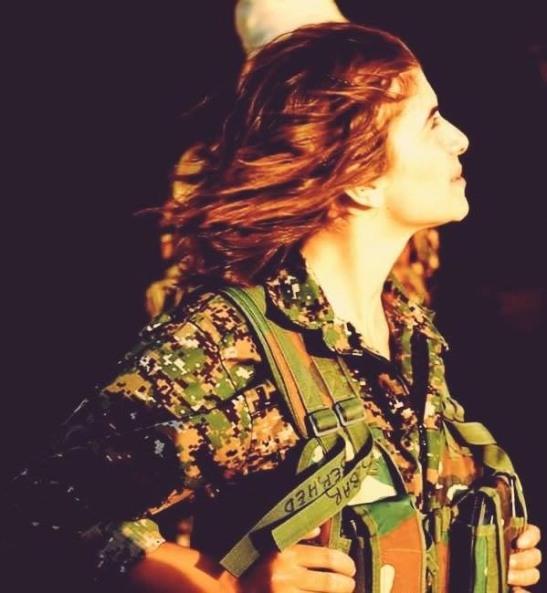 Rojavas kvinnor