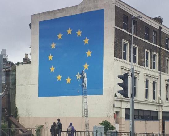 banksy-eu-flag-dover